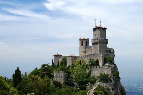 san-marino-fortresses