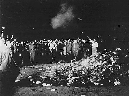 nazi-book-burning-1933